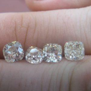 Kim cương nhân tạo Moissanite Cushion 5ly5