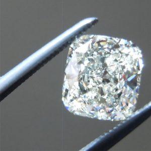 Kim cương nhân tạo Moissanite Cushion 6ly5