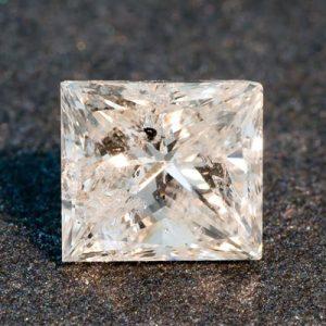 Kim cương nhân tạo Moissanite Princess 4ly5