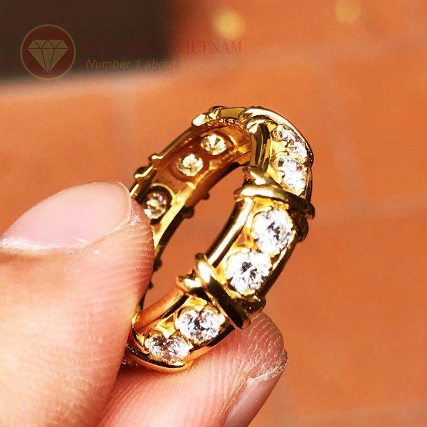 Nhẫn kim cương tự nhiên tiffany eternity ring vàng 18k 4