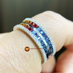 Nhẫn kim cương tự nhiên mix saphire rainbow tự nhiên