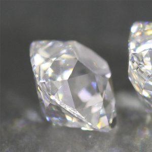 Kim cương nhân tạo Moissanite Cushion 7ly5