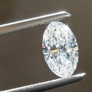 Kim cương nhân tạo Moissanite Oval 10x8