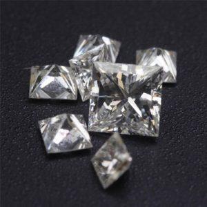 Kim cương nhân tạo Moissanite Princess 4ly