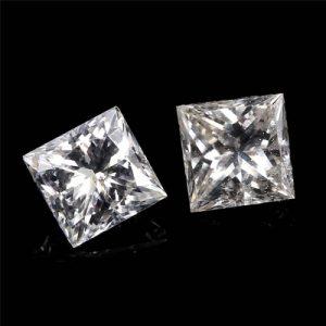 Kim cương nhân tạo Moissanite Princess 5ly5