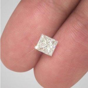 Kim cương nhân tạo Moissanite Princess 6ly