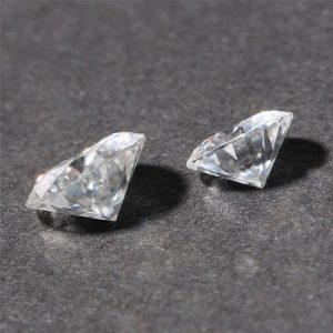 Kim cương nhân tạo Moissanite Round 6ly5