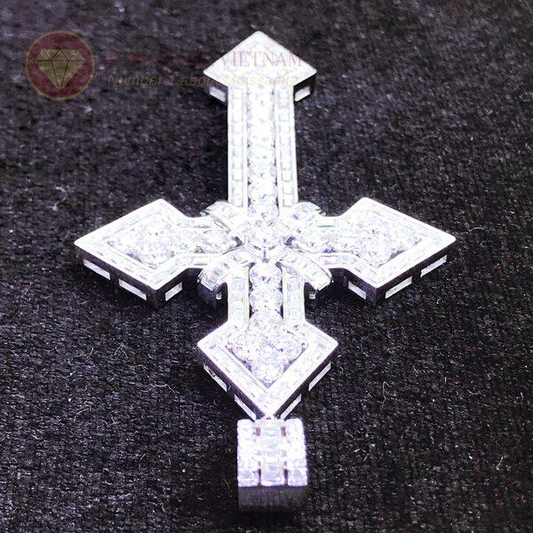 Mặt dây chuyền thánh giá kim cương nhân tạo moissanite 2