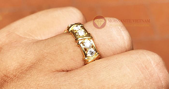 Nhẫn kim cương tự nhiên tiffany eternity ring vàng 18k 5
