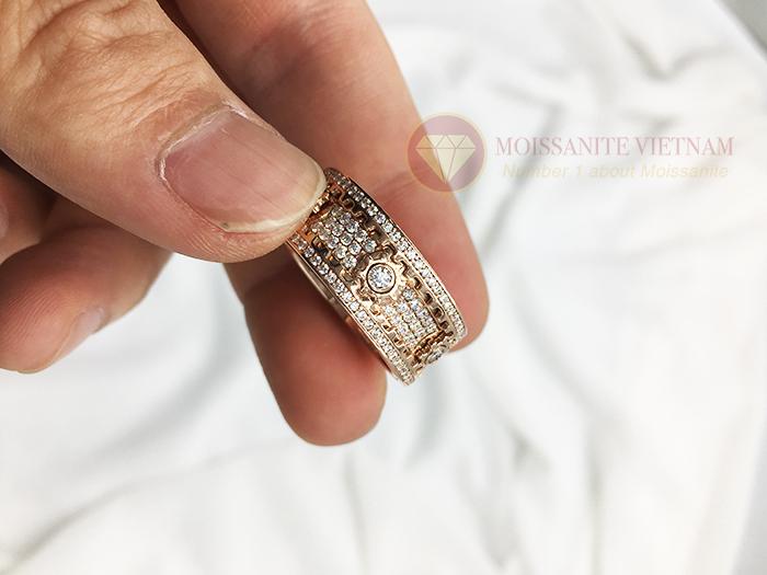Nhẫn xoay Kitnet full kim cương nhân tạo moissanite 4
