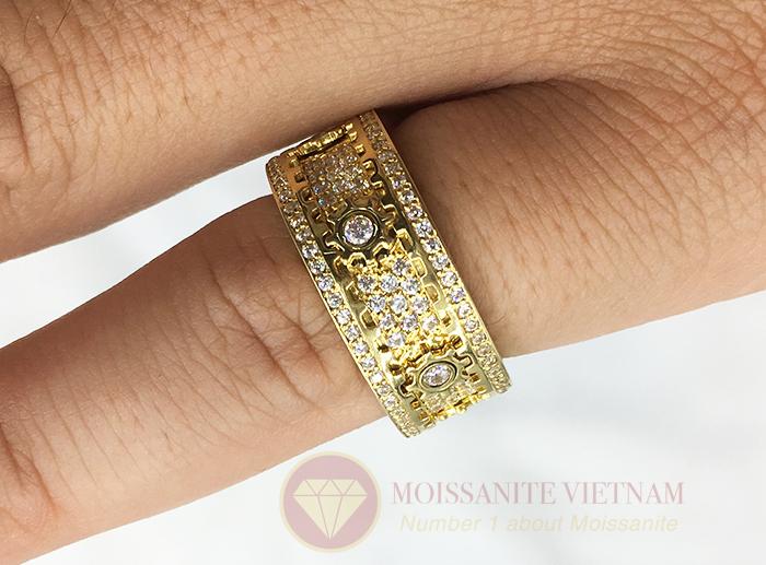 Nhẫn xoay Kitnet full kim cương nhân tạo moissanite 7