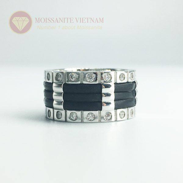 Nhẫn nam kim cương nhân tạo moissanite 3 line black 4