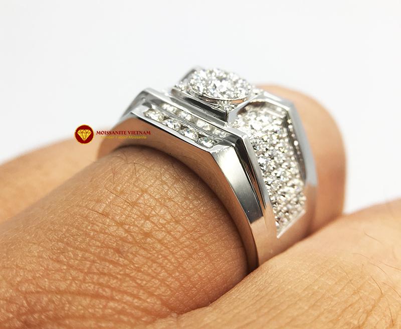 Nhẫn nam kim cương nhân tạo Mỹ moissanite chủ ghép vàng trắng 18k NO.5 5