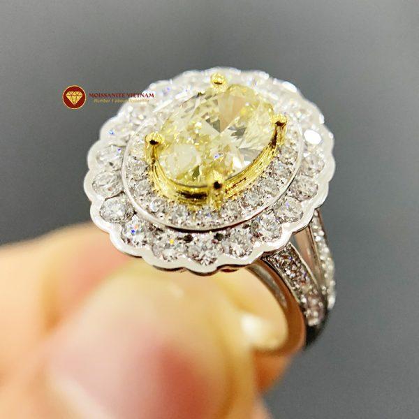 Nhẫn kim cương thiên nhiên nữ chủ oval yellow fancy 6x8 3
