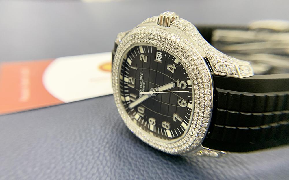 Độ đồng hồ full kim cương Patek Philippe 6