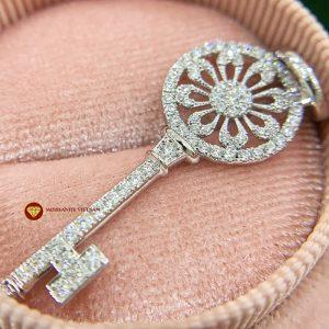 Mặt dây kim cương nữ chìa khoá vàng trắng 1